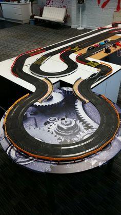 Ho Slot Cars, Slot Car Racing, Slot Car Tracks, Race Cars, Model Auto, Scalextric Track, Circuit, Layouts, Lego