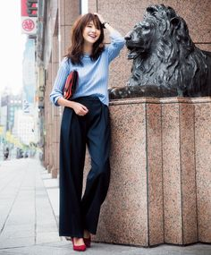 Pin by Damon Ramsey on Elegant Chinese Perfection in 2019 Office Fashion, Work Fashion, Fashion Pants, Fashion Outfits, Womens Fashion, Business Outfits, Office Outfits, Casual Outfits, Office Wear