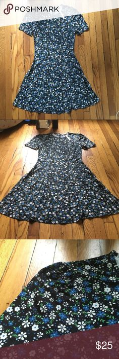 NEW ASOS FLORAL DRESS SIZE SMALL ASOS Floral Dress- Size small, brand new! 100% cotton flare dress, beautiful pattern. Just didn't fit me right. Will negotiate price. Asos Dresses Mini