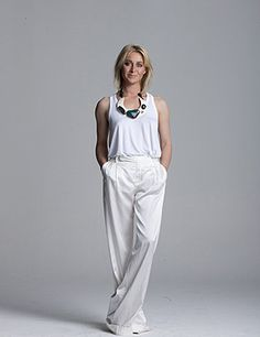 Asher Keddie fab actress from Australia Vintage Inspired Fashion, Retro Fashion, Vintage Fashion, Boho Outfits, Fashion Outfits, Classy Women, Summer Looks, Dress Me Up, Style Icons