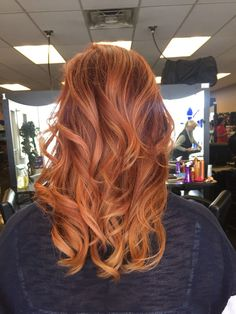 Trendy Hair Style 2017/2018 : Auburn and copper balayage - #HairStyle https://youfashion.net/trends/hair-style/trendy-hair-style-auburn-and-copper-balayage/