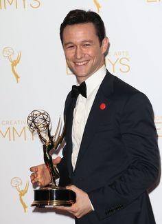 Pin for Later: Die Spannung steigt vor den Emmys