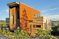 Green off-the-grid shipping container home - See more about Container Homes at http://wiselygreen.com/container-homes-pros-and-cons-of-shipping-container-homes/