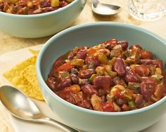 This 3-Bean Vegetarian Chili uses Birds Eye Recipe Ready Chopped Green Peppers & Onions to cut down on prep time.