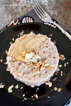Risotto al gorgonzola, pere e noci - Risotto with gorgonzola, pears and walnuts