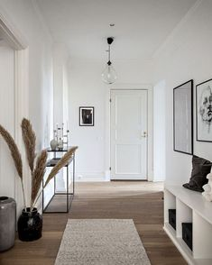 Interior Design Living Room, Living Room Designs, Living Room Decor, Bedroom Decor, Diy Interior, Flat Interior Design, Bedroom Ideas, Scandinavian Interior, Modern Home Interior