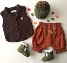 stricken-sie-top-style-baby-kleidung-kostenlose-party-sets-frohe-verzierung-house-baby-evi/ - The world's most private search engine Baby Knitting Patterns, Baby Clothes Patterns, Clothing Patterns, Outfits Fiesta, Baby Outfits, Style Baby, Robe Diy, Diy Crafts Knitting, Party Set