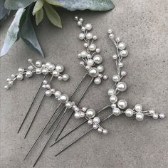 Wedding Hair Accessory Hair Pins Hair Accessory - New Ideas Bridal Jewelry Sets, Wedding Jewelry, Wire Jewelry Designs, Pearl Hair Pins, Bride Hair Accessories, Wedding Hair Pins, Hair Decorations, Hair Beads, Floral Hair
