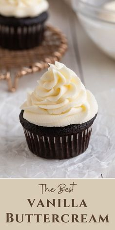 Using only one bowl and four ingredients, you can whip up a batch of this easy vanilla American buttercream frosting in just 10 minutes so try this simple vanilla frosting recipe on your next batch of cupcakes or cake! #vanillafrosting #buttercream #frosting Vanilla Frosting Recipes, Vanilla Buttercream Frosting, Cupcake Frosting, Cupcake Recipes, Baking Recipes, Dessert Recipes, Just Desserts, Delicious Desserts, Yummy Food