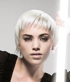 blondepaltinume88.jpg 325×380 pixels