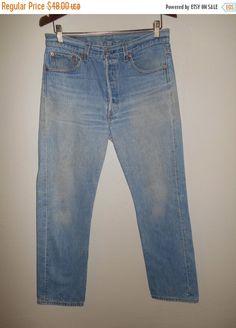 Vintage 90's Levis jeans 501 button up  W 32 by ATELIERVINTAGESHOP