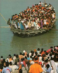 Le gange : fleuve sacré de l'Inde. Photographies de Hitoshi Tamura.