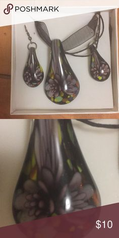 Glass necklace and earring set New condition, never worn Jewelry Necklaces