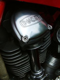 ducati Ducati 750, Ducati Motorcycles, Scrambler Motorcycle, Vintage Motorcycles, Kawasaki Motorbikes, Bike Engine, Motorcycle Types, Bike Life, Sport Bikes