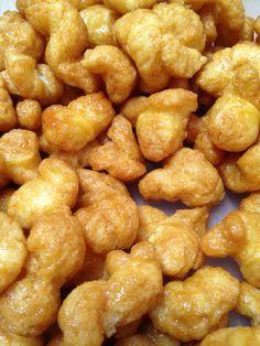 Caramel corn made with puffed popcorn.