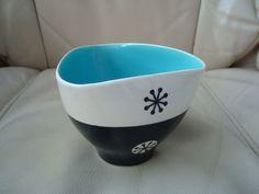 Rare Hornsea Clappison Tricorn sugar bowl 1958 Vintage Ceramic, Sugar Bowl, Art Pieces, Ceramics, Canning, Tableware, Vintage Pottery, Hall Pottery, Dinnerware