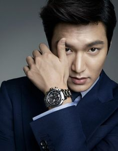 Lee Min-ho courted by City Hunter PD, You From Another Star writer Lee Min Ho Images, Lee Min Ho Photos, You From Another Star, Lee Minh Ho, Lee Min Ho Kdrama, Yoo Ah In, Kim Woo Bin, Boys Over Flowers, Korean Star