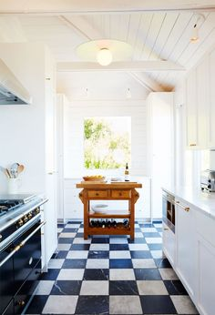 5 Kitchen Flooring Ideas That Made Our Jaws Drop | MyDomaine