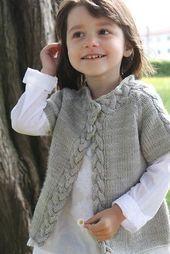 29 trendy Ideas for crochet baby girl layette ravelry Knitting For Kids, Baby Knitting Patterns, Baby Patterns, Sweater Patterns, Crochet Patterns, Baby Cardigan, Crochet Cardigan, Vest Pattern, Baby Sweaters