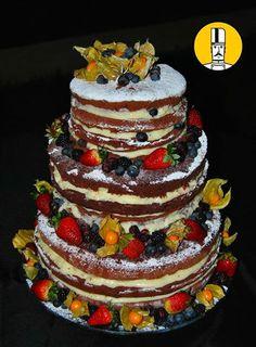 Cake Design - Naked Cake #cakedesign #cake #nakedcake #strawbarry #bluebarry #physalis