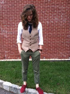 Tom Ford Tortoise Frames, Club Monaco Knit Tie, Vintage Vest, J. Crew Ancho Belt - Don't Step on My Maroon Suede Shoes - Patrice Lighter Accessible alternative women's fashion. Queer Fashion, Androgynous Fashion, Tomboy Fashion, Fashion Outfits, Androgynous Girls, Style Fashion, Tomboy Outfits, Cute Outfits, Emo Outfits