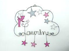 Prénom en fil de fer, personnalisable , fée Clochette, pluie d'étoiles : Décorations murales par philomene-et-patafil