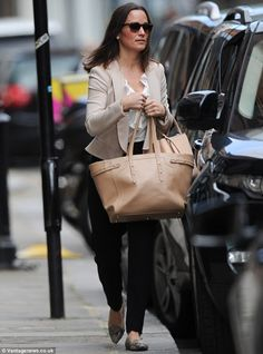 Pippa Middleton unleashes her glamorous side as she leaves the gym before heading to work   Mail Online