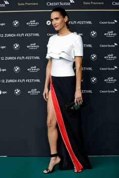 Europe Fashion Men's And Women Wears......: HOW GOOD DOES JENNIFER CONNELLY LOOK IN THIS THIGH...