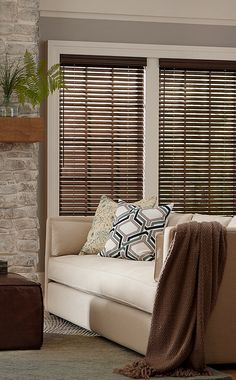 2 Deluxe Wood Blinds