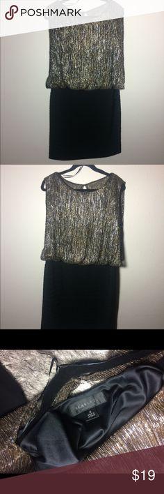 Scarlet silver&gold formal dress size 16 Like new! Scarlet formal dress size 16 Like new! Scarlett Dresses