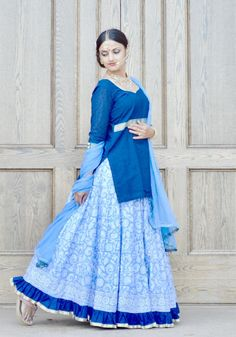 Gopi Skirt Outfits or Lehenga are the most popular Indian wear or Indian Dress in Indian Fashion. Also known as Half Saree or Lehenga Saree or Lehenga Choli or Garba skirts Lehenga Skirt, Lehenga Saree, Popular Dresses, Traditional Fashion, Half Saree, Skirt Outfits, Indian Dresses, Diy Clothes, Indian Fashion