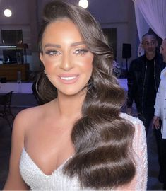 The Effective Pictures We Offer You About wavy hair ponytail A quality picture can tell you many thi Bride Hairstyles, Ponytail Hairstyles, Down Hairstyles, Pretty Hairstyles, Updo, Wedding Hair And Makeup, Bridal Hair, Hair Makeup, Wavy Hair