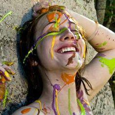 Vida e a satisfação no prazer de viver...  Para uma vida pautada na satisfação plena do prazer de viver, precisamos aprender a praticar a exclusão do que não é essencial para nossa satisfação pessoal, com simplicidade e realidade fica mais fácil alcançar a felicidade, o prazer de viver.