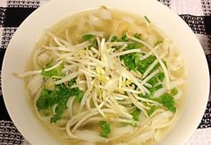 Gyors Sin Gluten, Pho, Ramen, Cabbage, Spaghetti, Food And Drink, Vegetables, Ethnic Recipes, Cilantro