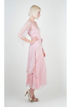 So lovely!  #vintage #wedding #dress http://www.natayadresses.com/1425-thickbox/nataya-10709-rose-1920s-wedding-dress.jpg