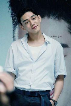 handsome YOO AH IN ♡♡♡