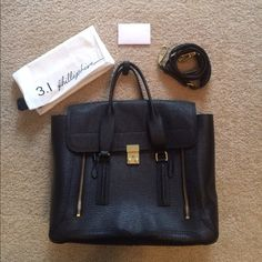 3.1 Philip Lim Large Pashli Tote Hardly worn beautiful Philip Lim tote. Can fit literally anything and everything. Small wear and tear scratched on the clasp. Comes with certification card, dust bag, and extra strap 3.1 Phillip Lim Bags Totes