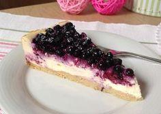 Pokud patříte mezi milovníky tvarohu, je to koláč přesně pro Vás....