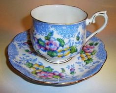 "Striking Royal Albert "" Lovelace "" Tea Cup and Saucer Set"
