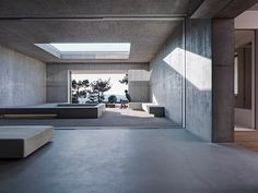 Verandas by gus wustemann architects Residential Architecture: Exploring the Relationship between Interior + Exterior Minimalist Architecture, Space Architecture, Minimalist Interior, Minimalist Decor, Residential Architecture, Contemporary Architecture, Concrete Architecture, Architecture Panel, Drawing Architecture