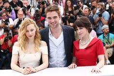 Actress Emily Hampshire dazzled in her Birks jewels at the photocall for David Cronenberg's movie Cosmopolis on May 25 in Cannes. Emily chose a sixties-inspired look with pearls and diamonds. She is seen here with co-stars Sarah Gadon and Robert Pattinson. #BirksGlamCannes