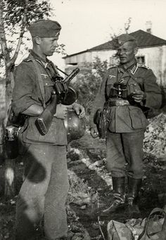 Soldiers of the Wehrmacht / PPSh-41