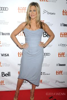 Jennifer Aniston pretty in blue on the red carpet. Jennifer Aniston Legs, John Aniston, Celebrity Diets, Evolution Of Fashion, Diets For Women, International Film Festival, Fashion Pictures, Victoria Beckham, Ontario