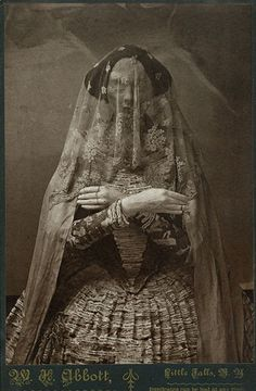 Victorian Cabinet Card - What a mysterious photo!