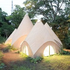 Architect Issei Suma designed an intriguing set of buildings which are shaped like 5 tens for a two retired ladies, their care taker and cook.