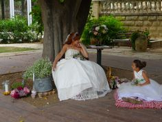 very natural wedding wedding styling Wedding Vintage, Rustic Wedding, Girls Dresses, Flower Girl Dresses, Bologna, Wedding Styles, Villa, Weddings, Natural