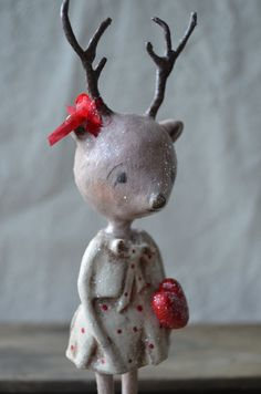 Folk Art Paperclay Pink Valentine Deer