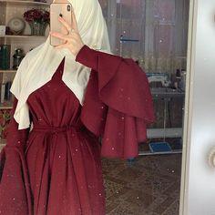 Modern Hijab Fashion, Hijab Fashion Inspiration, Muslim Fashion, Modest Fashion, Fashion Dresses, Hijabi Girl, Girl Hijab, Muslim Girls, Muslim Women