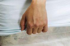 Matratze von beiden Seiten mit laken beziehen um sie beim Umzug zu schützen