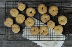 olive oil and wine cookies